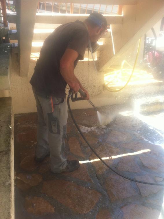 Nettoyage des sols et des terrasses